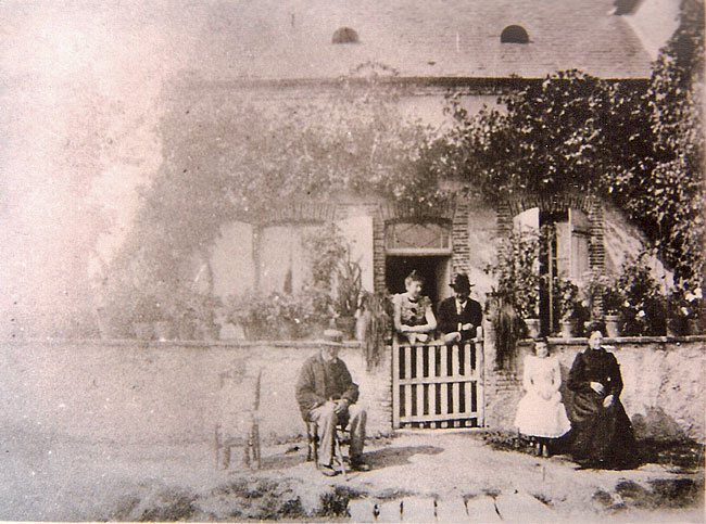photo d'Alain-Fournier de la maison de La Chapelle d'Angillon