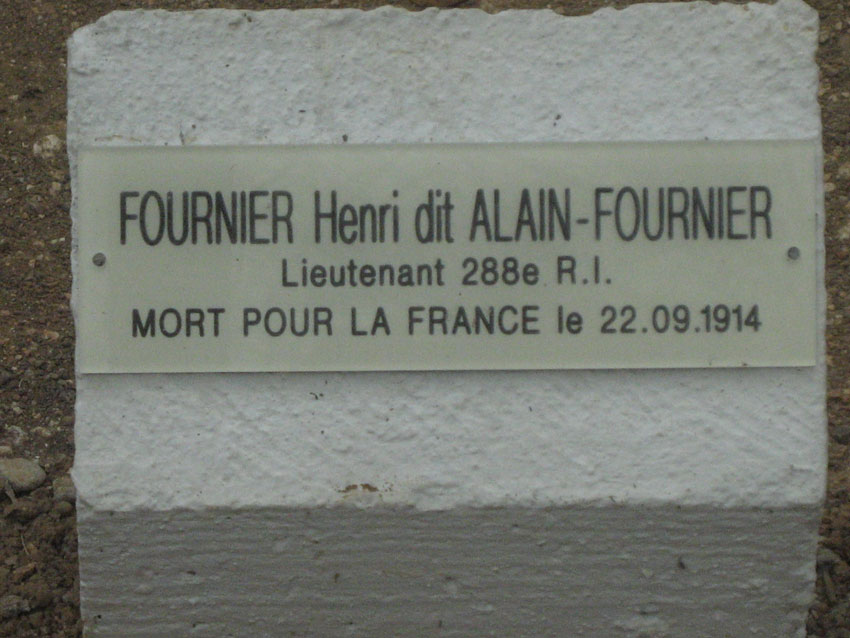 plaque de la tombe d'Alain-Fournier